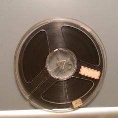 Banda Magnetofon - marca BASF - diametru rola 18 cm - stare Foarte Buna