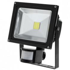 REFLECTOR LED SENZOR MISCARE 20W 3000K - Senzori miscare