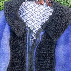 Palton sasesc din lana piesa veche de colectie