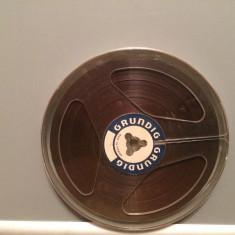 Banda Magnetofon - GRUNDIG (Germany) - diametru rola 15 cm - stare F. Buna