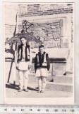 Bnk foto Copii in costume populare - anii `60, Alb-Negru, Etnografie, Romania de la 1950