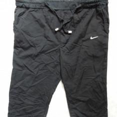 Pantaloni ¾ Nike Temoins; 103 cm talie maxima (reglabila), 75 cm lungime etc. - Bermude barbati, Marime: Alta, Culoare: Din imagine