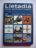 Avioane  -  Machete  construite  din  palstic.  Catalog, carte.