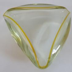 SCRUMIERA VECHE STICLA MASIVA - PERIOADA COMUNISTA - Scrumiera sticla
