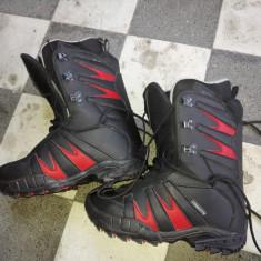 Ghete snowboard Obscure marimea 38-NOI de firma /Boots snowboard rosu cu negru