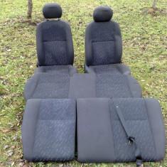 Set scaun e fata spate FORD FOCUS 1998-2004 - Scaune auto, FOCUS (DAW, DBW) - [1998 - 2004]