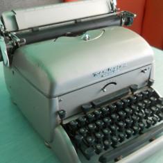 Masina de scris de colectie REMINGTON NOISELESS