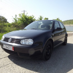 "VW Golf 4 ""EDITION"" benzina 1, 4L x 16 valve, An Fabricatie: 2001, 107000 km, 1400 cmc"