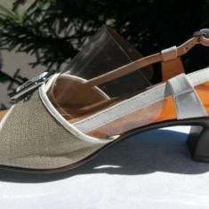 Sandale dama Tommy Hilfiger marca SCHOLL nr.39 originale NOI, Culoare: Din imagine, Piele naturala