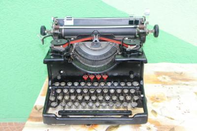 Masina de scris vintage TORPEDO GERMANY foto