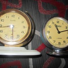 Ceasuri de masa doua buc ca defecte c13 - Ceas de masa