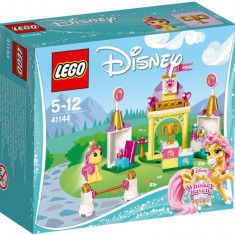 Grajdul regal al lui Petite - LEGO Disney Princess