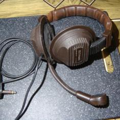 Casti audio impendanta mare (400+400 ohmi) Gutmann / Vintage /cu microfon, Casti Over Ear, Cu fir, Mufa 3, 5mm