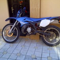 Yamaha DT 50 - Motocicleta