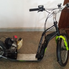 Trotineta cu motor