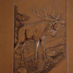 Mapa veche, bloc desen, din piele naturala gravata - motive vanatoresti, cerb