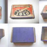 Solo-Cutie chibrite vechi carton. Marimi: 5.5/3.8/1.8 cm.