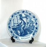 Cumpara ieftin Farfurie de perete Delft, editie limitata,  numerotata- marcaj Royal Goedewaagen