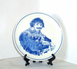 Cumpara ieftin Farfurie de perete Delft, pictata manual - Portret  - marcaj Royal Goedewaagen