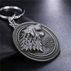 Breloc Game Of Thrones Winter is Comming Stark - Breloc Barbati