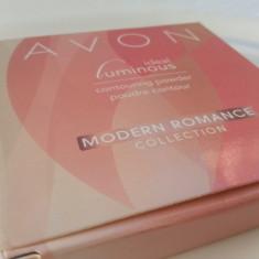 Pudra Modern Romance rose contour AVON ORIGINAL sigilat