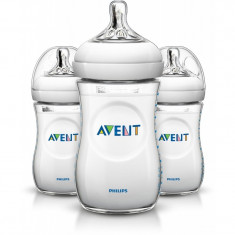 Set 3 biberoane cu tetine din silicon PHILIPS AVENT Natural 260ml 1 luna + SCF693/37