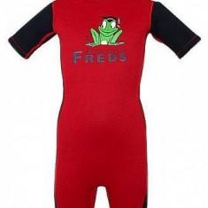 Combinezon copii din neopren rosu cu negru 116/122 Freds Swim Academy - Costum Inot
