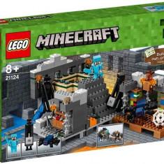 Portalul final (21124) - LEGO Minecraft
