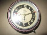 Ceas de masa aradora defect