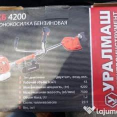 Motocoasa Profesionala UralMash 5, 7 CP - Motocositoare