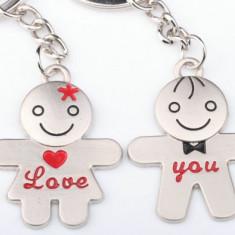 Set Breloc Pentru Cuplu / Indragostiti - LOVE YOU - Baiat si Fata - Breloc Dama