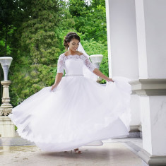 Vand rochie de mireasa salon Dya, Rochii de mireasa printesa