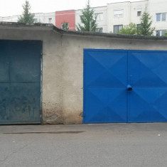 Inchiriez garaj in zona Banat