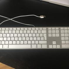 Tastatura Apple Wired Numeric Keyboard (Layout românesc)