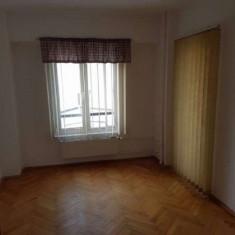 Apartament 4 camere de inchiriat Decebal, Zvon - Apartament de inchiriat, 100 mp, Numar camere: 4, An constructie: 1990, Etajul 6