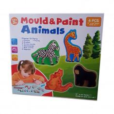 Set creativ de modelat si pictat Mould & Paint Animals