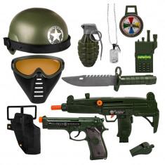 Set militar de jucarie, 10 accesorii - Pistol de jucarie