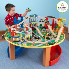 Trenulet din lemn City Explorer si masa de joaca - Kidkraft, Seturi complete
