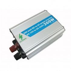 Invertor tensiune 24V-220V, putere 300 W