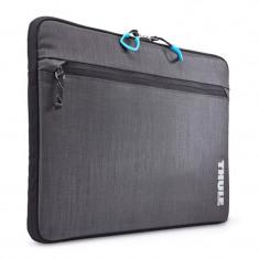 Husa Thule Stravan pentru MacBook Pro, 15 inch, Gray - Husa laptop
