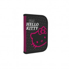 Penar BTS echipat Hello Kitty Black