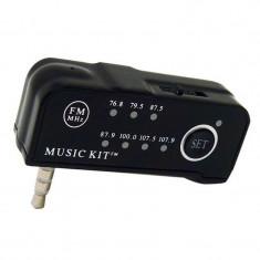 Tansmitator auto pentru iPod si iPhone