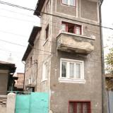 Vila tip bloc, Titulescu-Basarab 260 mp - Casa de vanzare, Numar camere: 7, Suprafata teren: 120