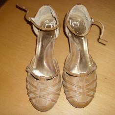 PANTOFI DE DAMA - Pantof dama, Culoare: Bej, Marime: 40, Piele naturala, Cu toc