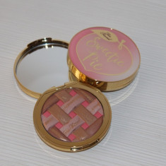 Pudra Too Faced Sweetie Pie - Blush
