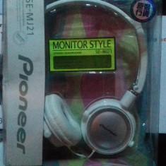 Casti stereo Pioneer, Casti Over Ear, Cu fir, Mufa 3, 5mm