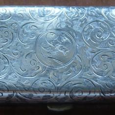 Tabachera din argint, interbelica, gravata manual, pentru doamne
