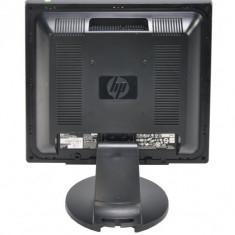 Monitor 17 inch LCD HP L1706, Silver & Black, Carcasa Grad B, Lipsa Picior