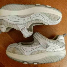 Adidasi / sandale ortopedice piele naturala Skechers Shape-Ups;marime 38 (25 cm) - Incaltaminte ortopedica, Culoare: Din imagine