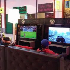 Vand sala de jocuri Xbox